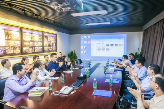 集团快讯 | 南方报业集团及投控东海一行领导到访亚博亚博体育官网入口方总部考察工作